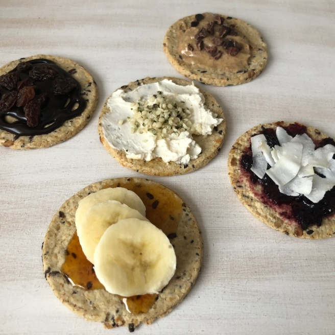 5 quick, easy and deliciously sweet vegan Nairn_s Oatcakes toppings