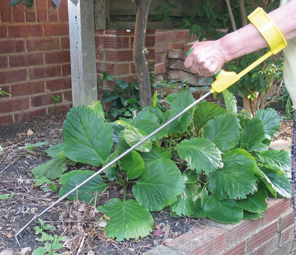Ergonomic Long Handled Cultivator