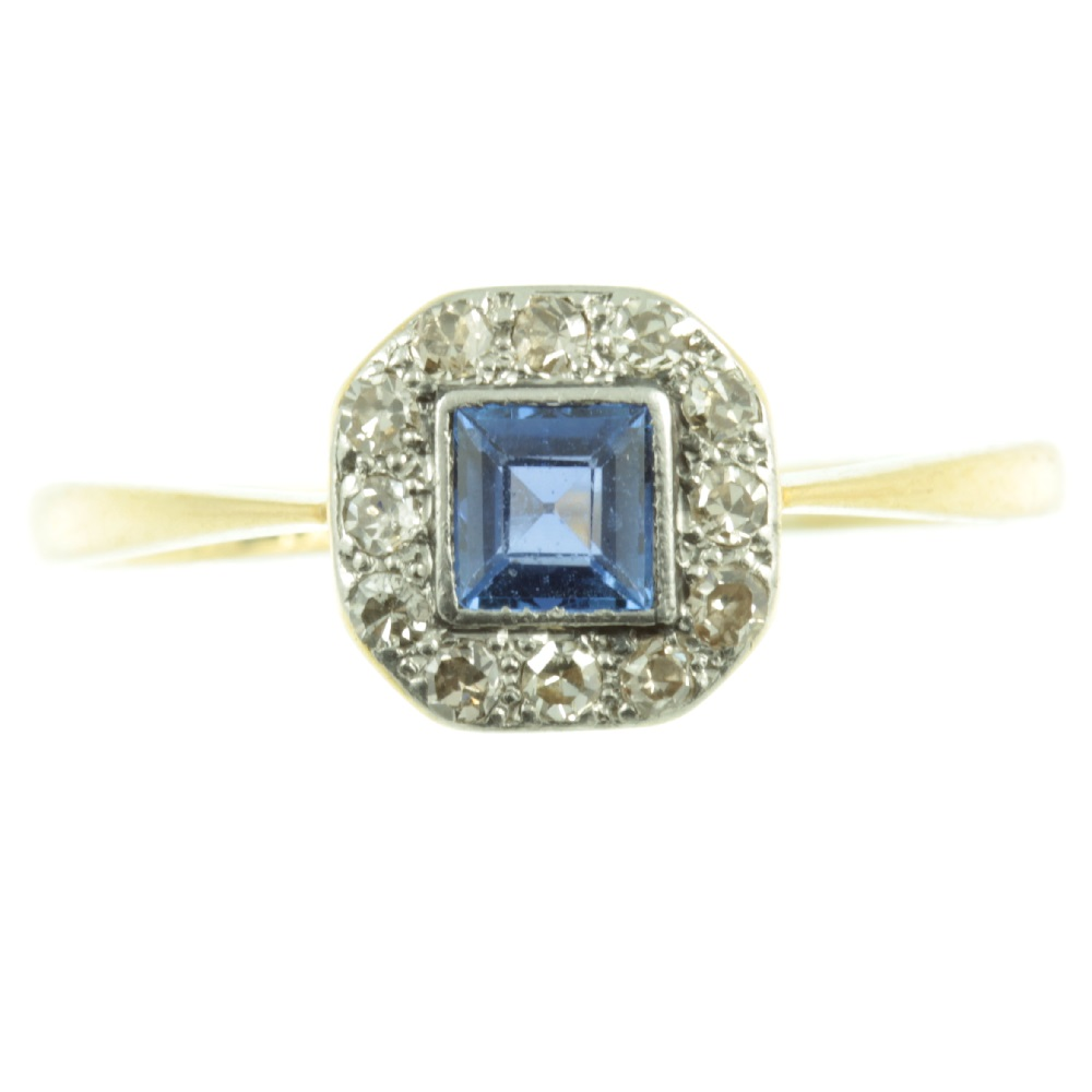 Is antique jewellery a sustainable choice?
