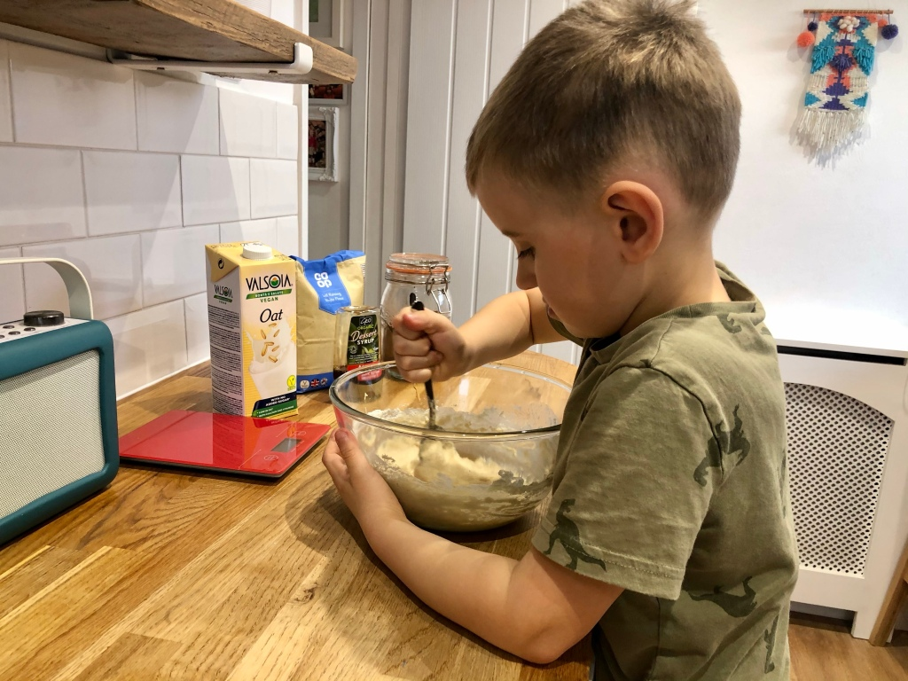 Tips to make kids baking healthier