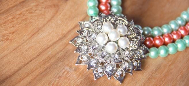 The return of vintage jewellery