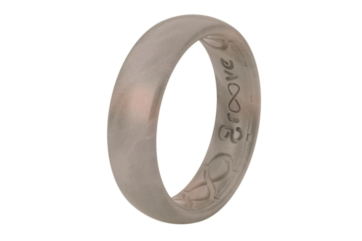 Health benefits of silicone wedding rings